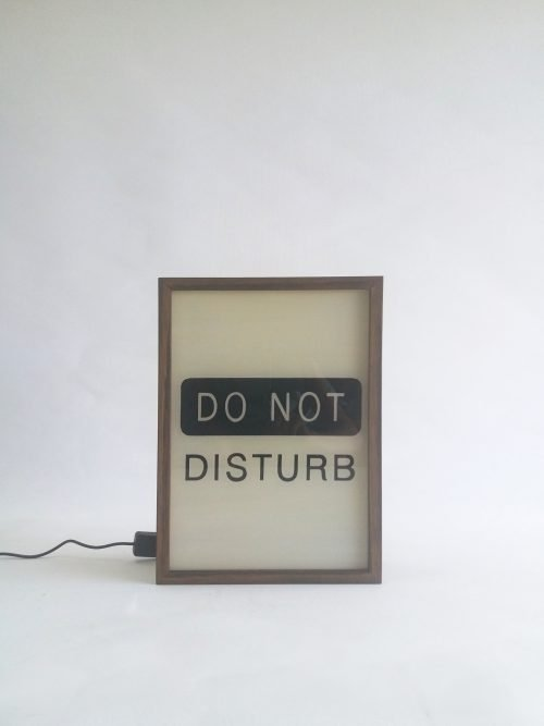 do not disturb lightbox sign